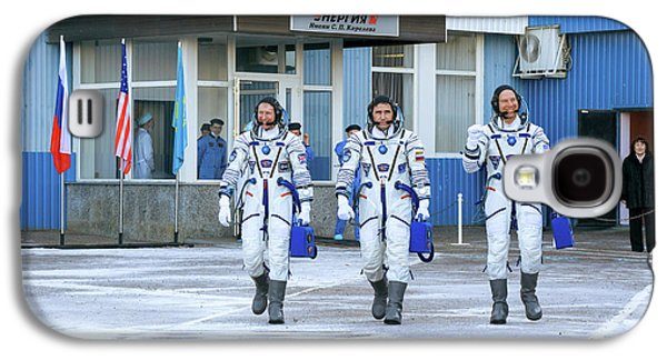 Iss Expedition 46 Crew Before Launch Galaxy S4 Case by Nasa/victor Zelentsov