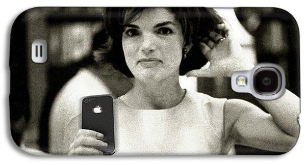 Jacky Kennedy Takes A Selfie Galaxy S4 Case by Tony Rubino