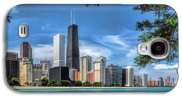 Hancock Building Galaxy S4 Case - John Hancock Chicago Skyline Panorama by Christopher Arndt