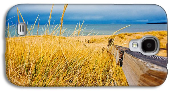 Lake Michigan Galaxy S4 Case - Lake Superior Beach by John McGraw