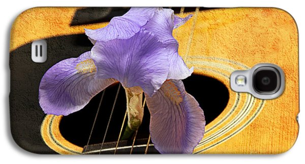 Lavender Iris And Acoustic Guitar - Texture - Music - Musical Instrument Galaxy S4 Case