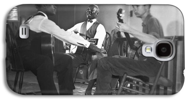 Leadbelly, White, Pete Seeger Galaxy S4 Case by Underwood Archives