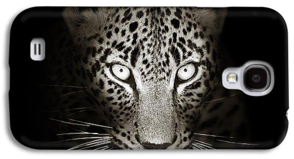 Leopard Portrait In The Dark Galaxy S4 Case
