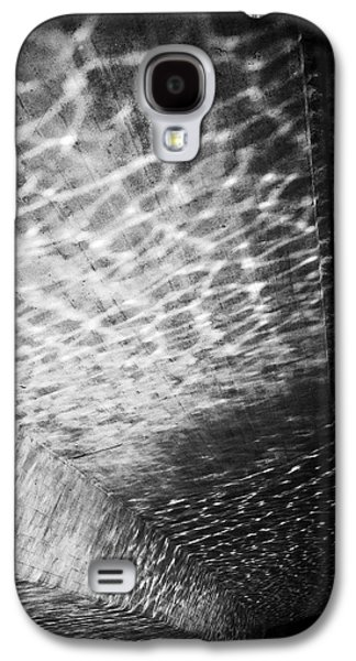 Light Reflections Black And White Galaxy S4 Case by Matthias Hauser
