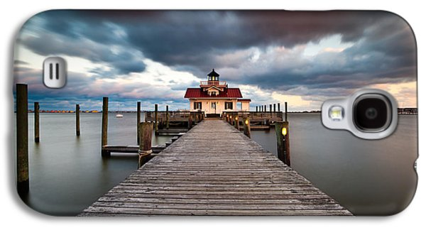 Lighthouse - Outer Banks Nc Manteo Lighthouse Roanoke Marshes Galaxy S4 Case by Dave Allen