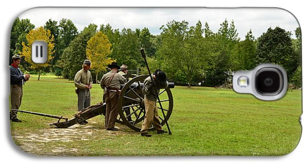 Lighting The Fuse Of A Civil War Canon Galaxy S4 Case by Bob Sample