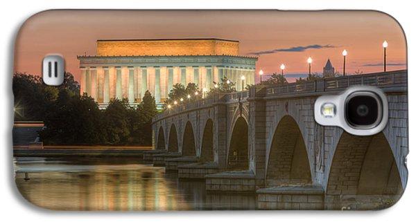 Lincoln Memorial And Arlington Memorial Bridge At Dawn I Galaxy S4 Case
