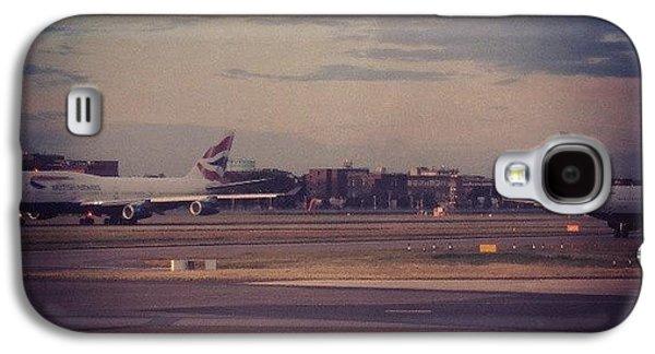 London Galaxy S4 Case - #london #heathrow #britishairways by Abdelrahman Alawwad