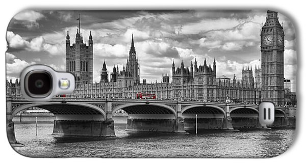 London - Houses Of Parliament And Red Buses Galaxy S4 Case
