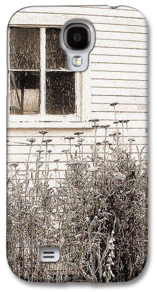 Lonely Winter Flowers Galaxy S4 Case by Jon Woodhams