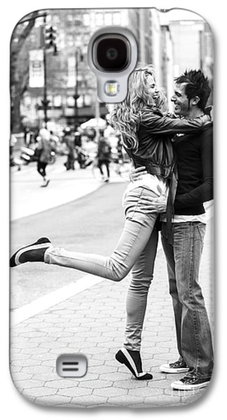 Lovers In The City Galaxy S4 Case by Diane Diederich