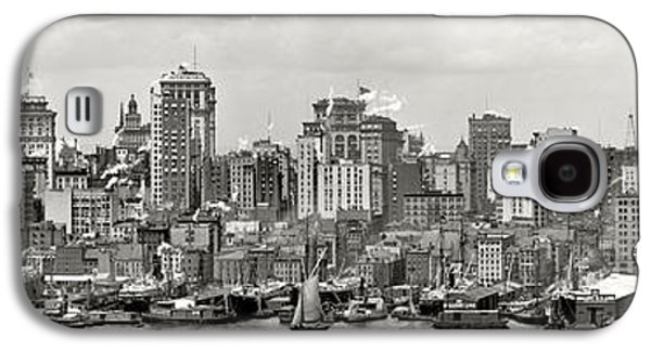 Manhattan Panorama Circa 1908 Galaxy S4 Case by Jon Neidert