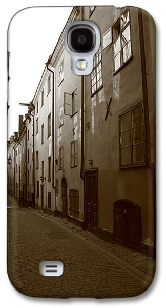 Medieval Street In Stockholm - Monochrome Galaxy S4 Case by Ulrich Kunst And Bettina Scheidulin