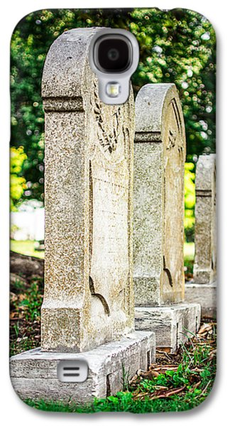 Memphis Elmwood Cemetery Monument - Four In A Row Galaxy S4 Case by Jon Woodhams