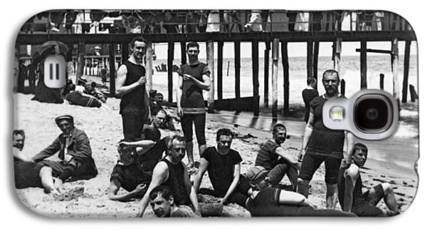 Men Bathers By The Boardwalk Galaxy S4 Case by Underwood Archives