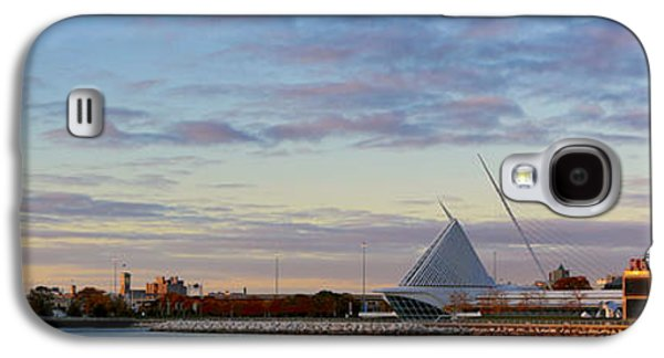 Galaxy S4 Case featuring the photograph Milwaukee At Sunrise  by Ricky L Jones