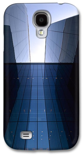 Modern Building Vertical Galaxy S4 Case by Tommytechno Sweden