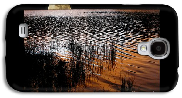 Moon Catching A Glimpse Of Sunset Galaxy S4 Case by Kaye Menner