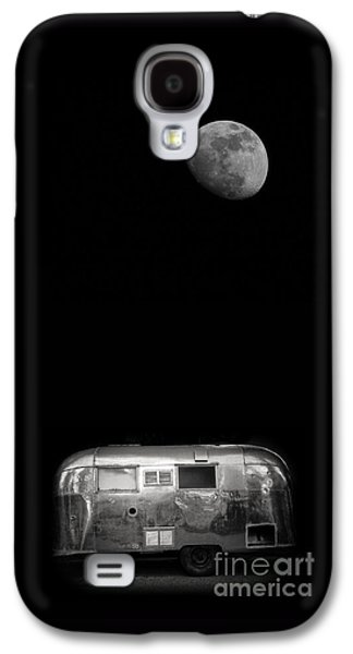 Moonrise Over Airstream Galaxy S4 Case by Edward Fielding