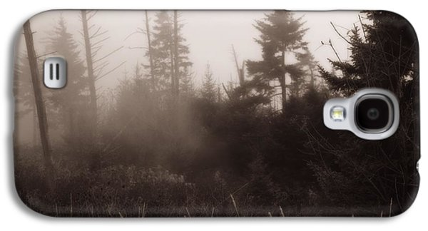 Morning Fog In The Smoky Mountains Galaxy S4 Case by Dan Sproul