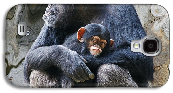 Mother And Child Chimpanzee 2 Galaxy S4 Case by Daniele Smith