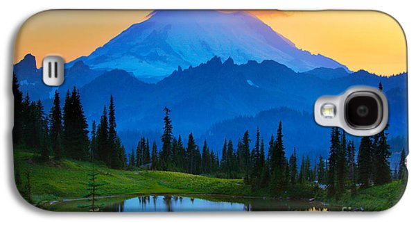 Mount Rainier Goodnight Galaxy S4 Case by Inge Johnsson