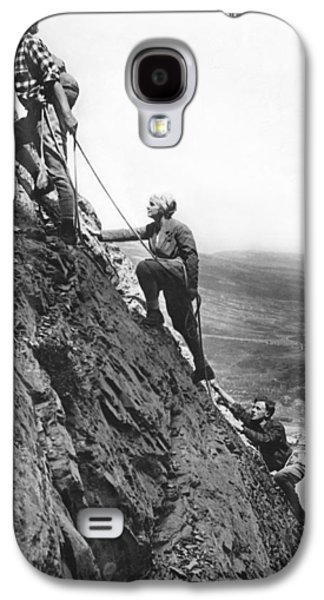Mountain Climbing In Glacier Galaxy S4 Case by Underwood Archives