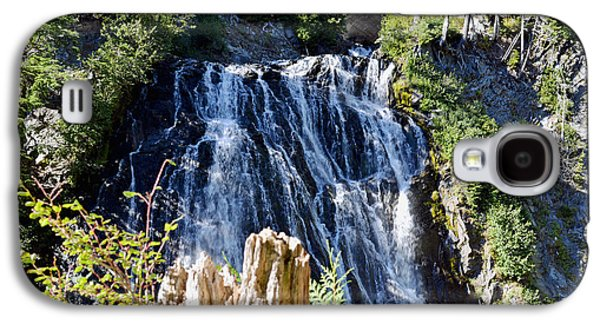 Galaxy S4 Case featuring the photograph Narada Falls by Anthony Baatz