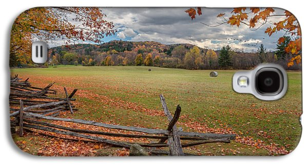 Geese Galaxy S4 Case - New England Autumn Field by Bill Wakeley