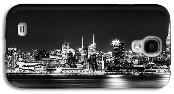 New York City Skyline - Bw Galaxy S4 Case by Az Jackson