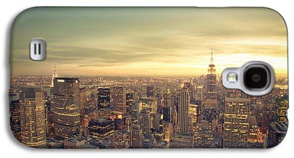 City Sunset Galaxy S4 Case - New York City - Skyline At Sunset by Vivienne Gucwa