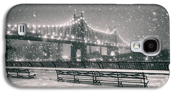 New York City - Snow At Night - Sutton Place Galaxy S4 Case by Vivienne Gucwa