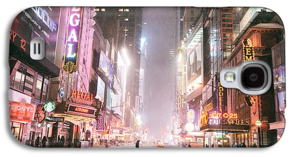 New York City - Winter Night - Times Square In The Snow Galaxy S4 Case by Vivienne Gucwa