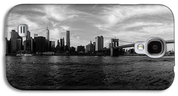 New York Skyline Galaxy S4 Case by Nicklas Gustafsson