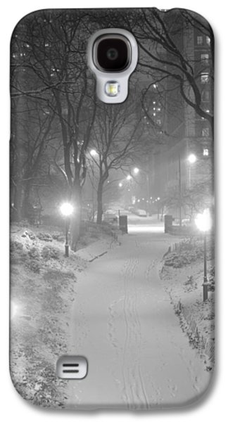 Galaxy S4 Case featuring the photograph Night Storm New York by Dave Beckerman