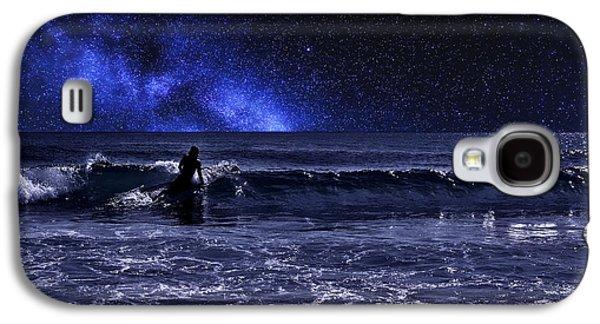 Night Surfer Galaxy S4 Case