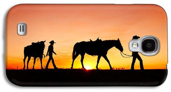 Horse Galaxy S4 Case - Off To The Barn by Todd Klassy