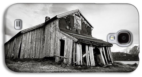 Old Barn Galaxy S4 Case by Dave Bowman