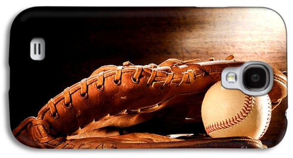 Old Baseball Glove Galaxy S4 Case by Olivier Le Queinec
