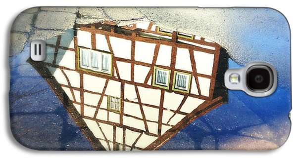 Old Half-timber House Upside Down - Water Reflection Galaxy S4 Case
