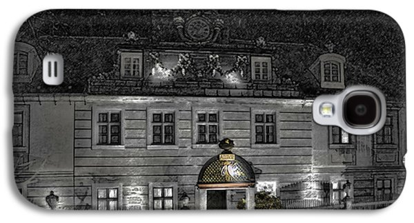 Old Hotel II Galaxy S4 Case by Robert Culver