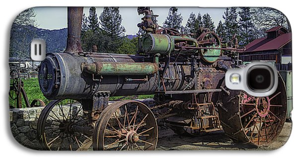 Old Threshing Machine Galaxy S4 Case by Garry Gay
