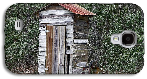 Old Time Outhouse And Pitcher Pump Galaxy S4 Case