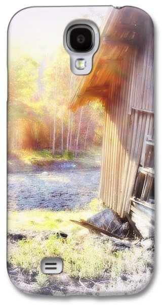 Once Upon A Time People Wake Up At This Beautiful Place If They Managed To Survive The Winter  Galaxy S4 Case by Hilde Widerberg