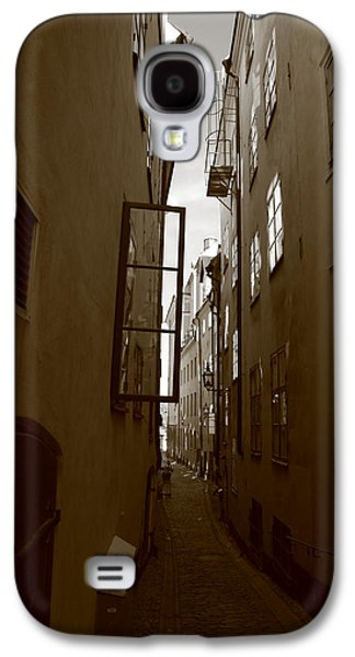 Open Window In Gamla Stan In Stockholm Galaxy S4 Case by Ulrich Kunst And Bettina Scheidulin