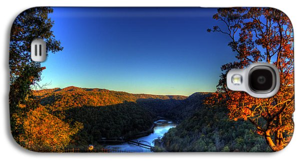 Galaxy S4 Case featuring the photograph Overlook In The Fall by Jonny D