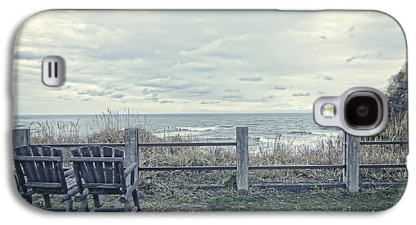 Pair Of Wooden Chairs Overlooking Ocean On A Cold Grey Afternoon Galaxy S4 Case by Beverly Claire Kaiya