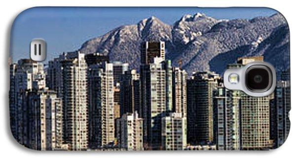 Pano Vancouver Snowy Skyline Galaxy S4 Case by David Smith