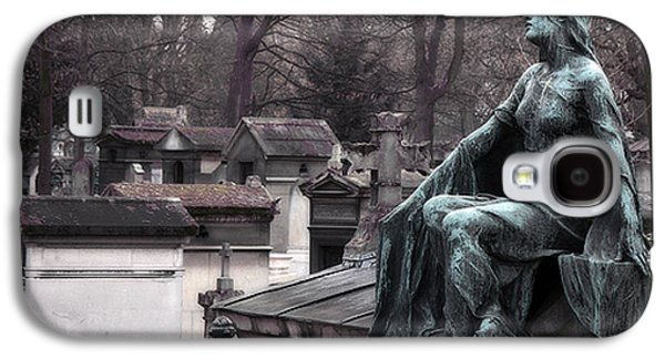 Paris Cemetery Art Sculptures - Female Grave Mourning Figure Monument - Montmartre Cemetery Galaxy S4 Case by Kathy Fornal