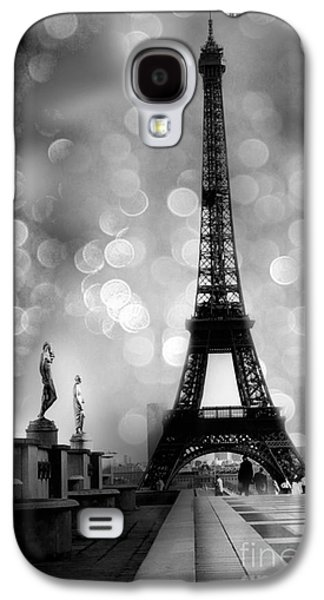 Paris Galaxy S4 Case - Paris Eiffel Tower Surreal Black And White Photography - Eiffel Tower Bokeh Surreal Fantasy Night  by Kathy Fornal